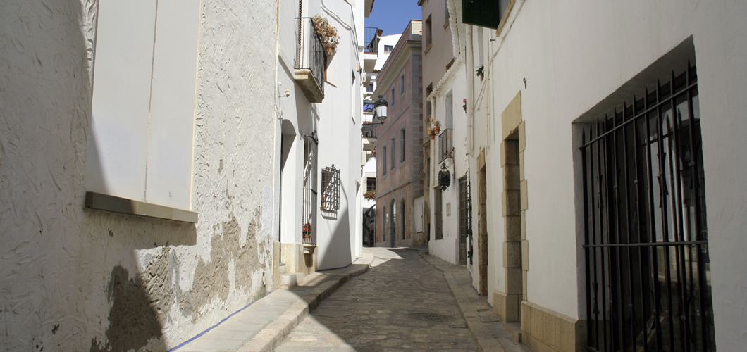 Visit Sitges with Spain Seven Degrees